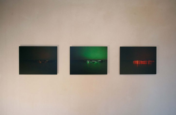 Jakob Jensen, R.E.M., Gropiusstadt am Wasser, 2005, 3er Serie Fotografie auf Dibondplatte 40,5 x 54 cm Edition 5+2