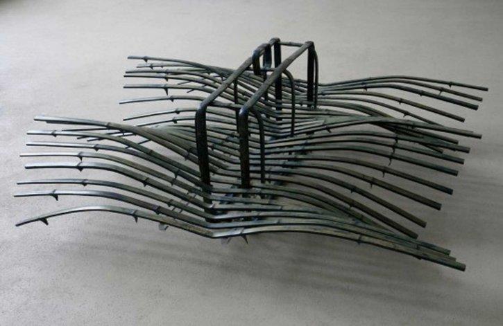 Kirstin Krüger, Reise, 2007, Bambus, Acrylglas, 55 x 165 x 145 cm
